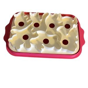 Tupperware Vintage Pink and White Jello Mold (Animal Shapes)